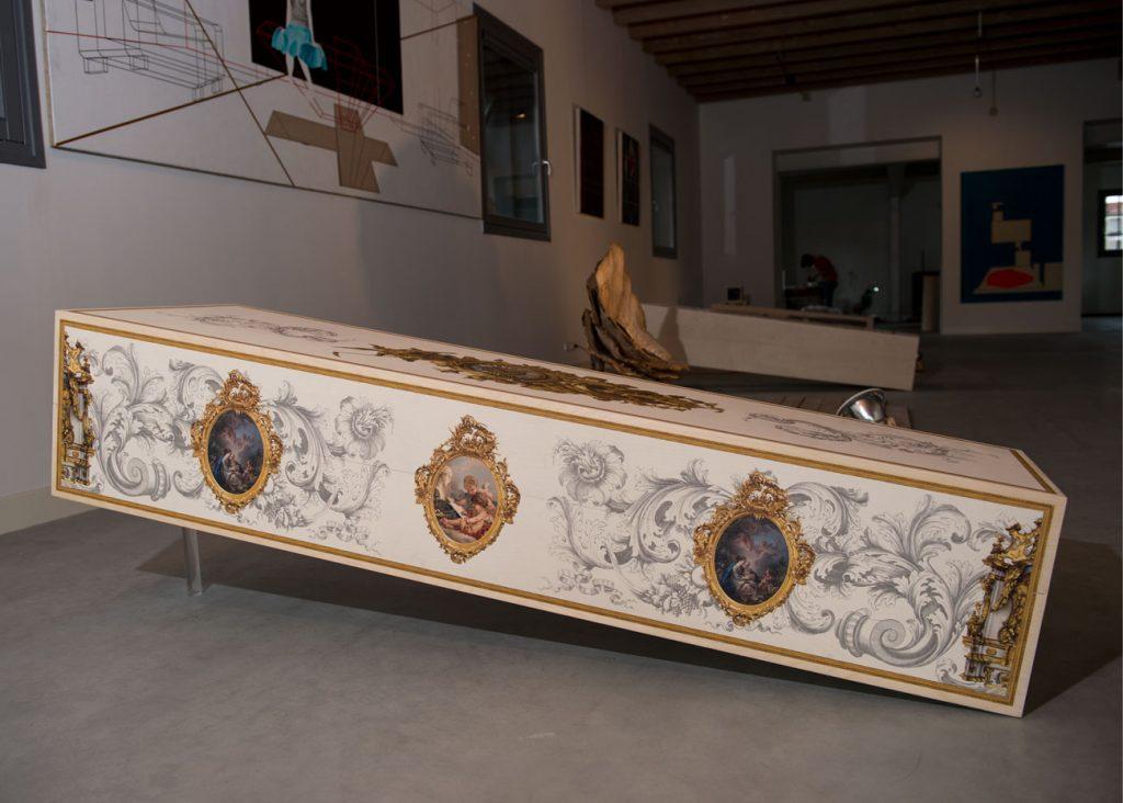 uitvaartkist doodskist Beerenberg rococo showroom